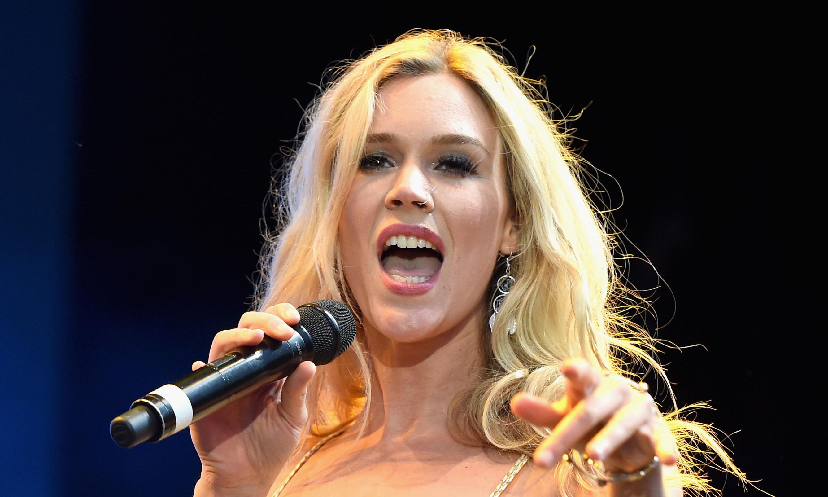 Joss Stone 'detained and deported' from Iran