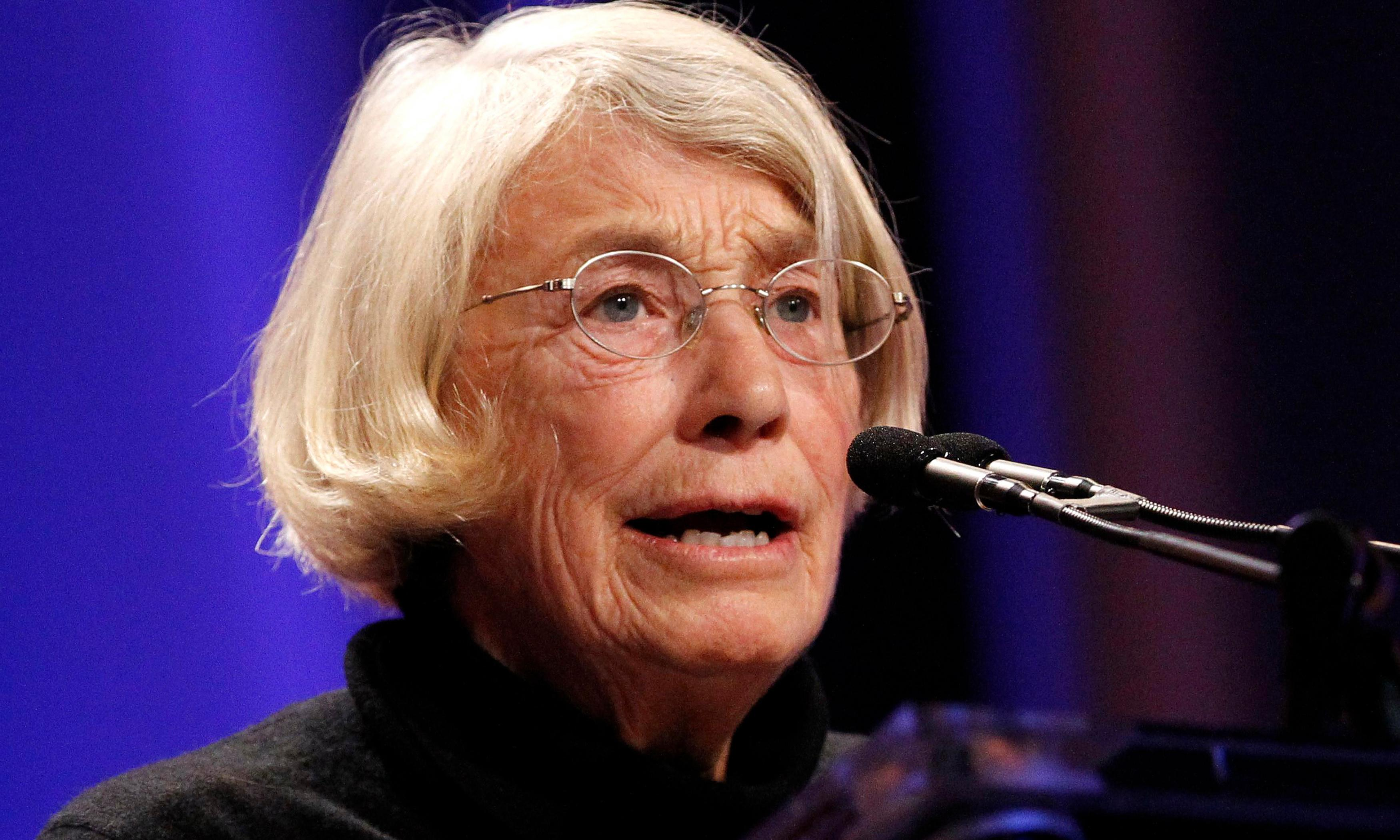 Mary Oliver obituary
