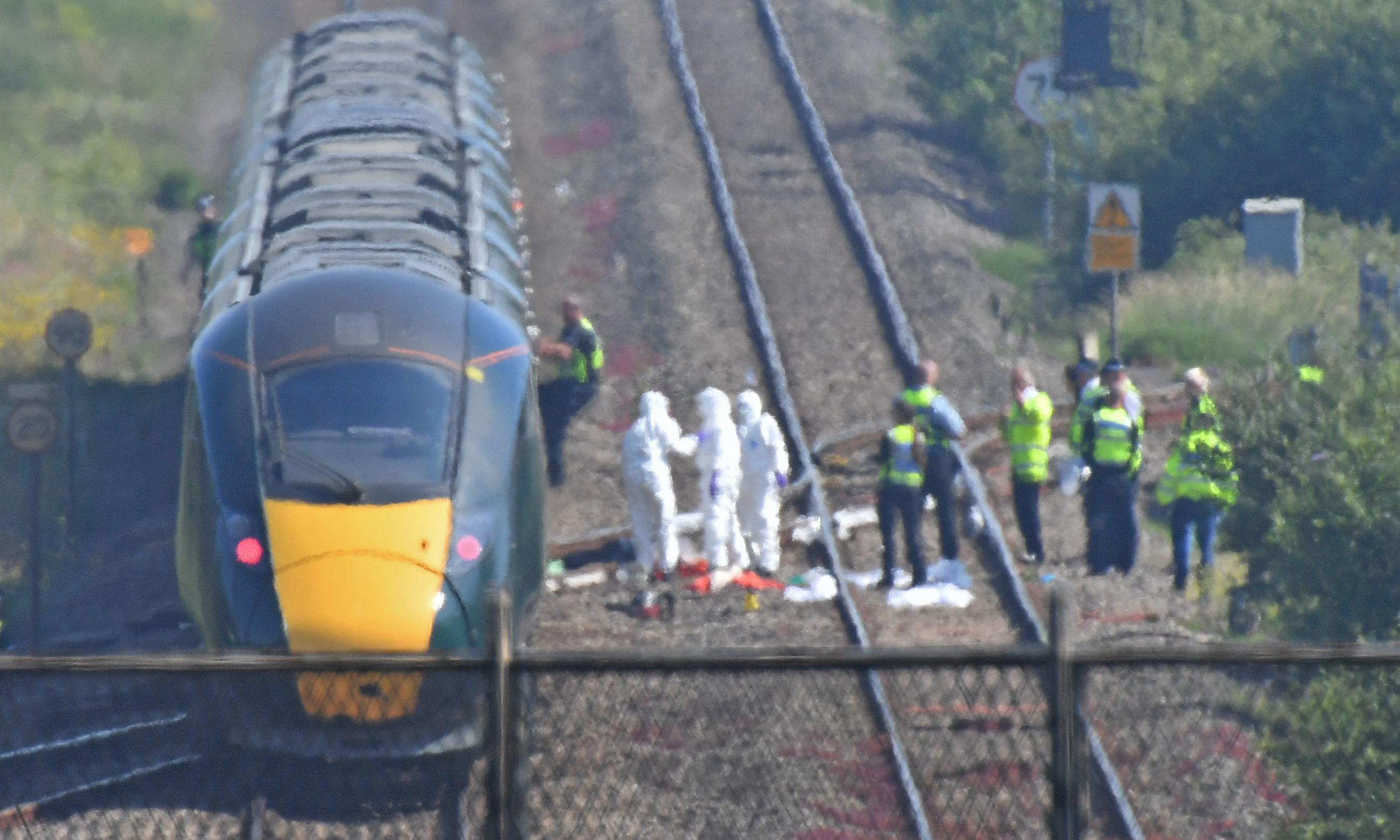 No lookouts when train hit track workers in Wales, says RAIB report