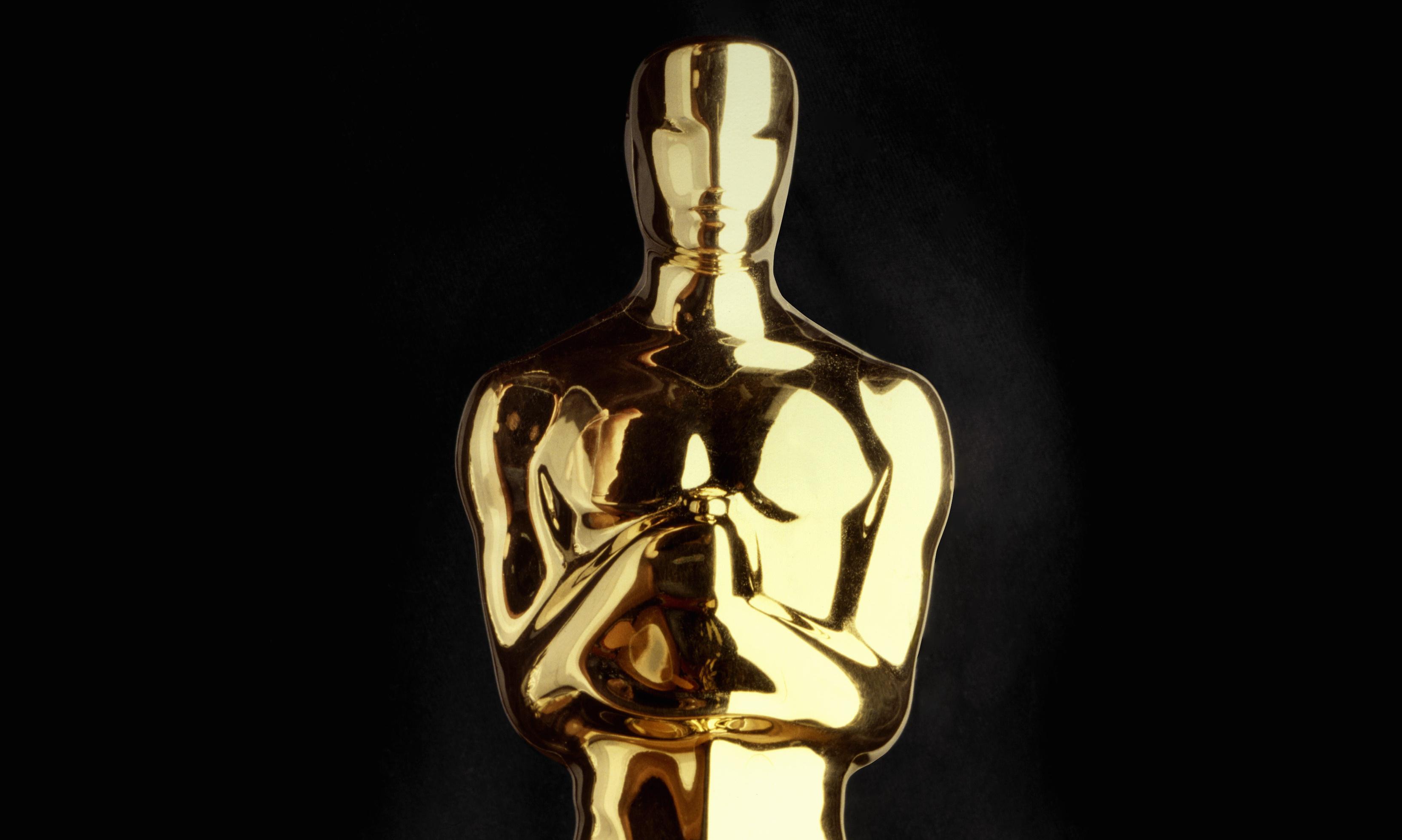 Kevin Hart rules himself out of Oscars hosting return