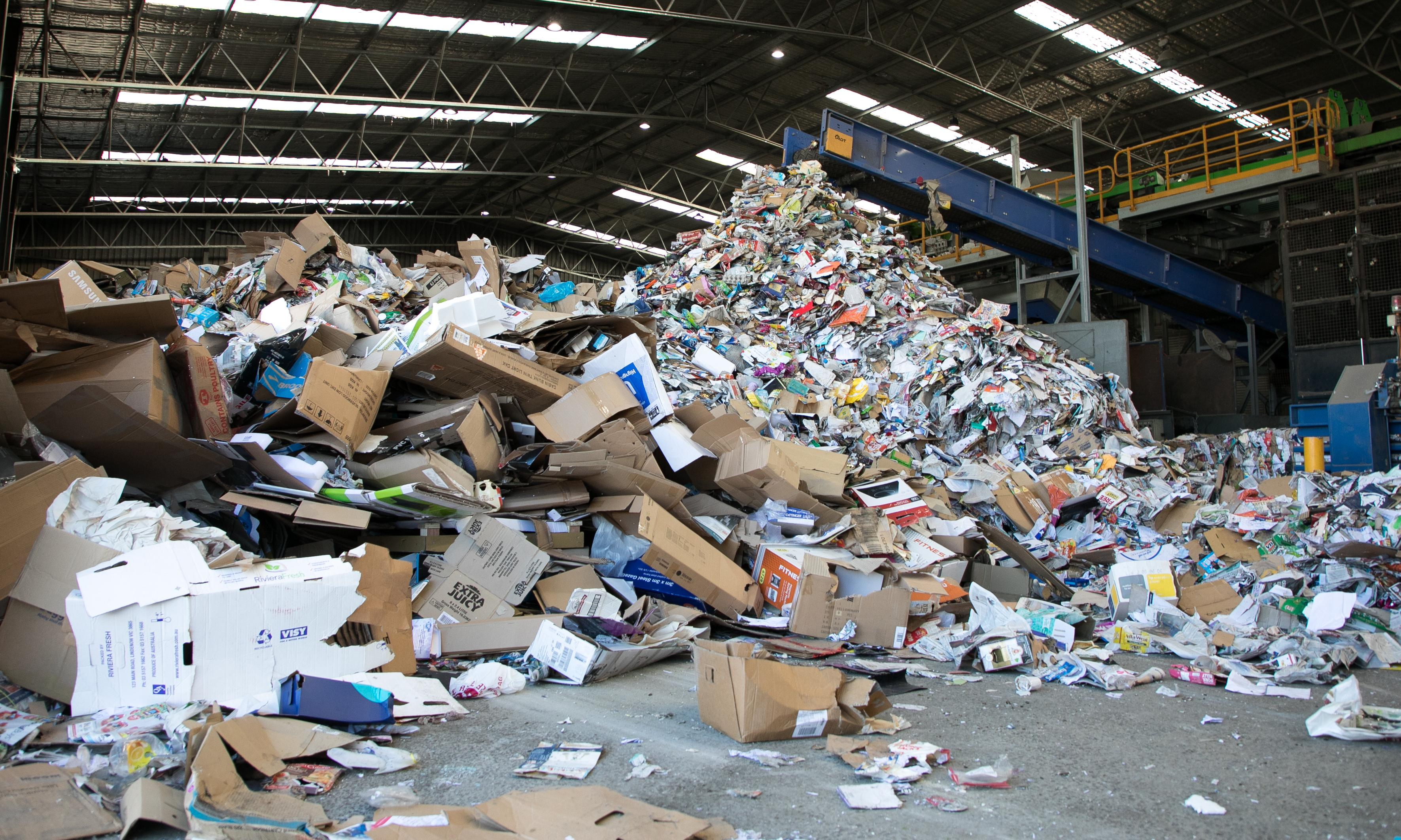 How will a domestic waste recycling industry work in Australia?