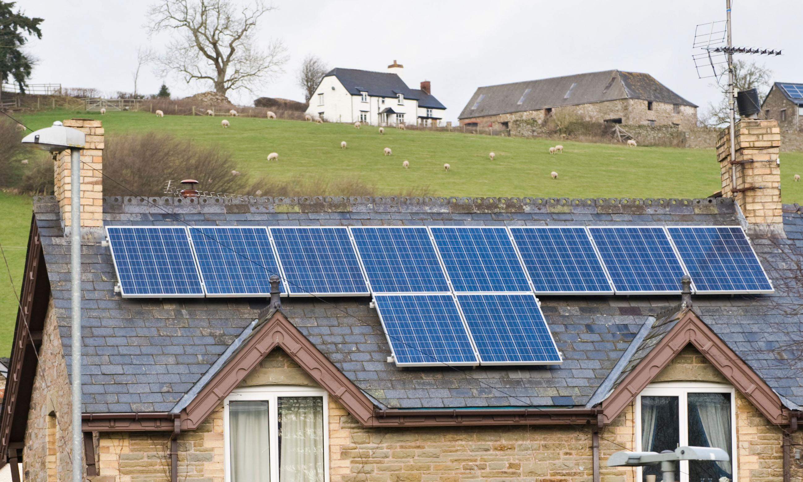 Cornish homes take part in trial to supply clean power to grid