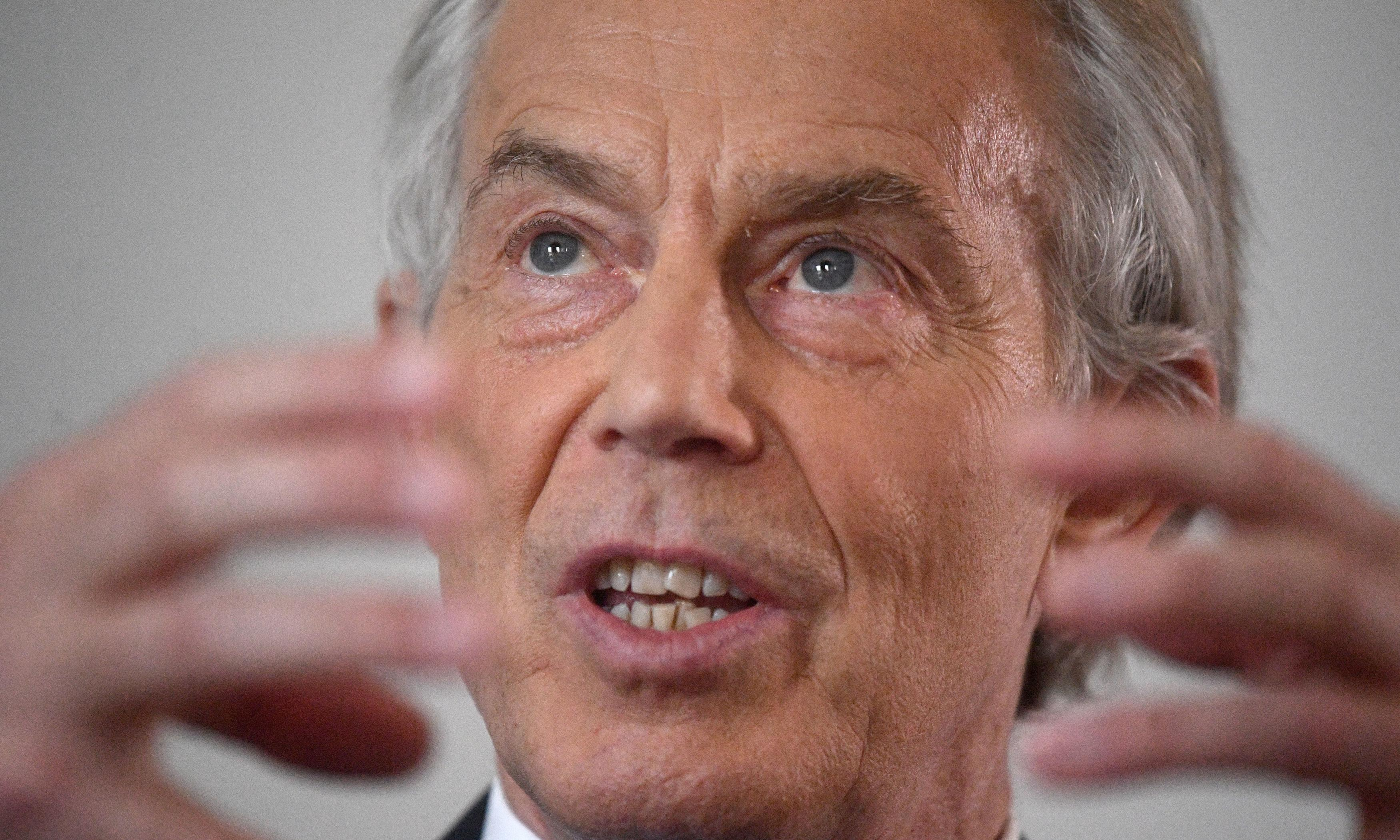 Tony Blair: migrants should be forced to integrate more to combat far right