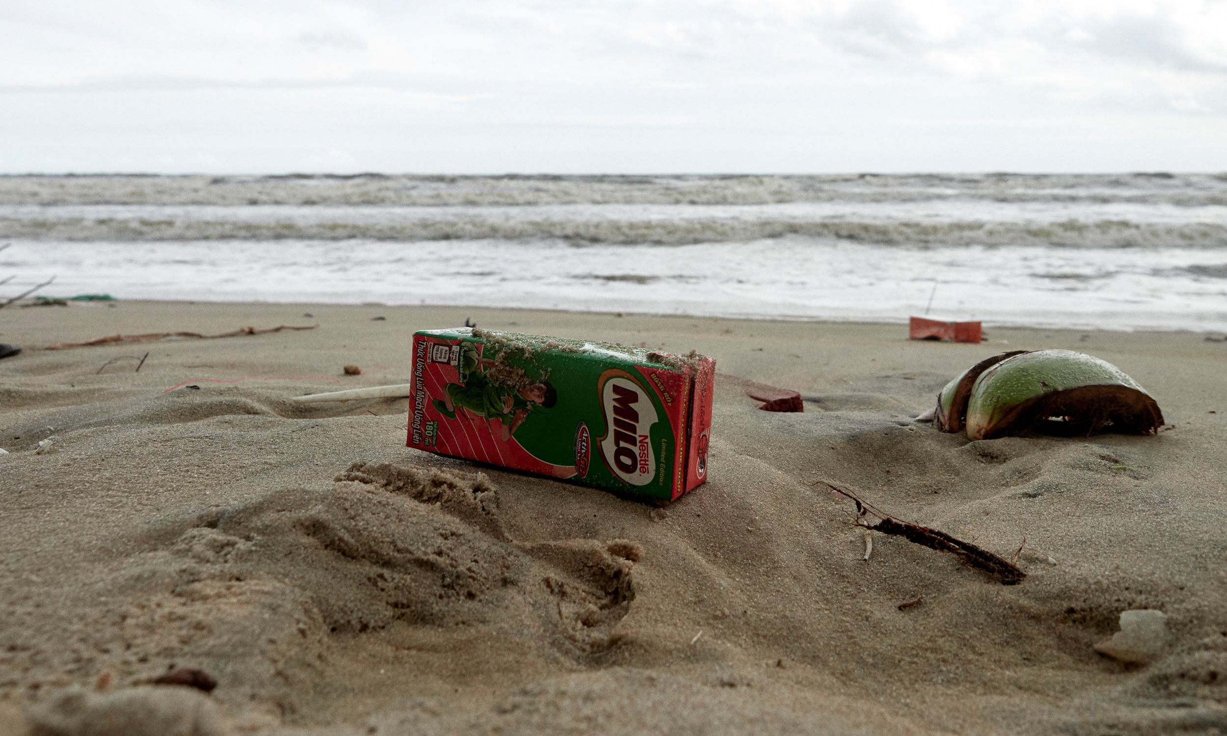 How billions of discarded Tetra Paks cover Vietnam's beaches and towns