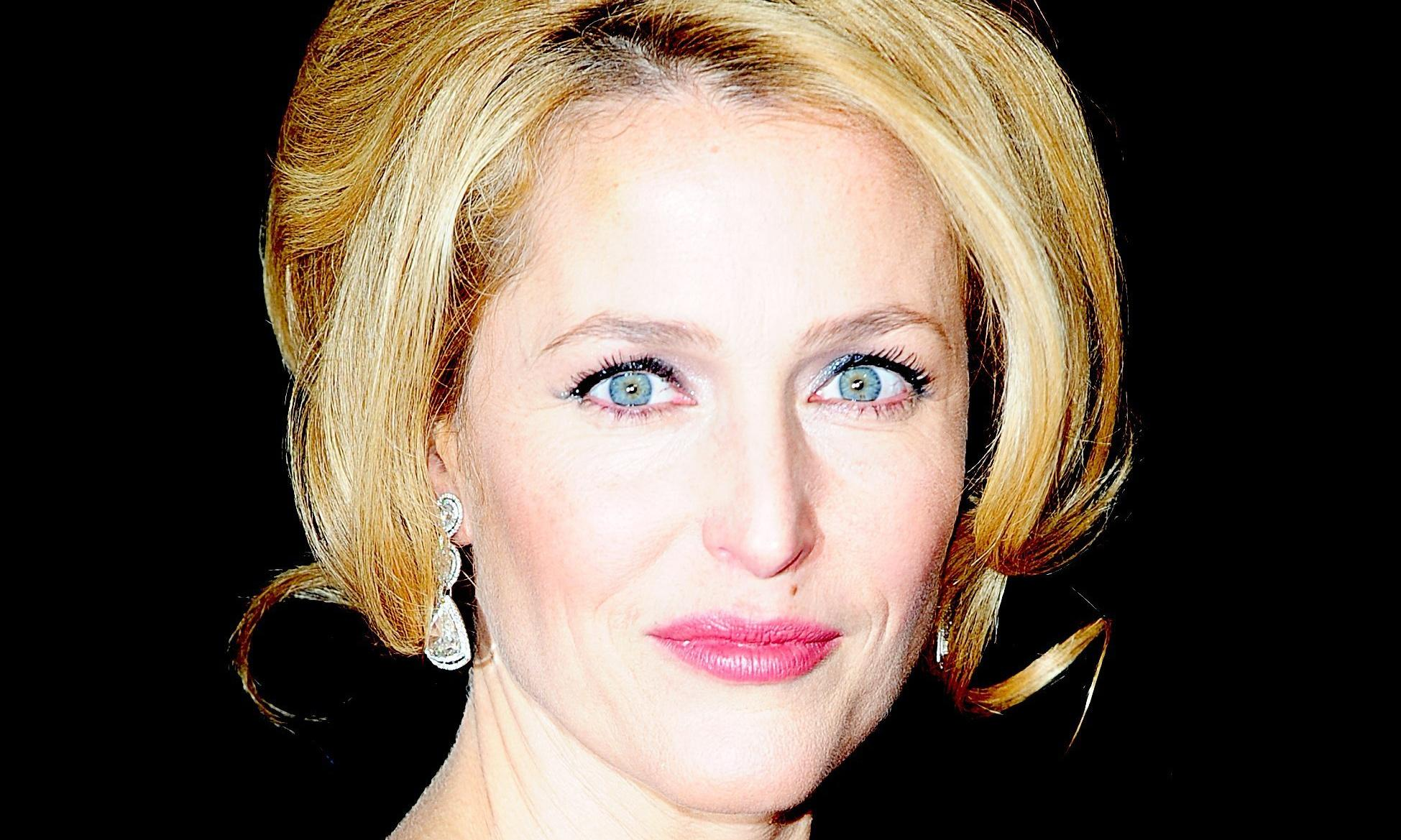 Gillian Anderson to play Thatcher in fourth series of The Crown