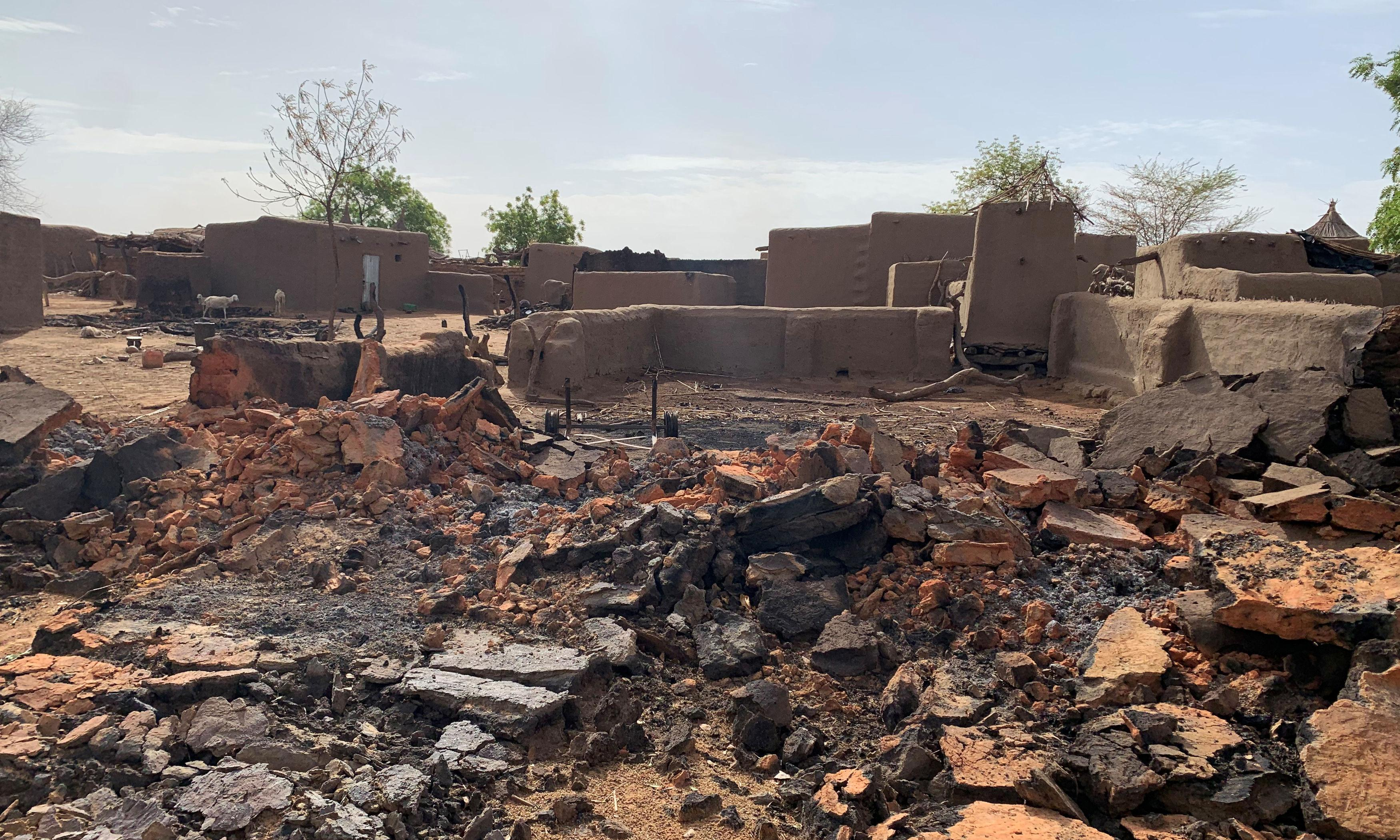 Mali attack: gunmen on motorbikes kill at least 41 people in two villages