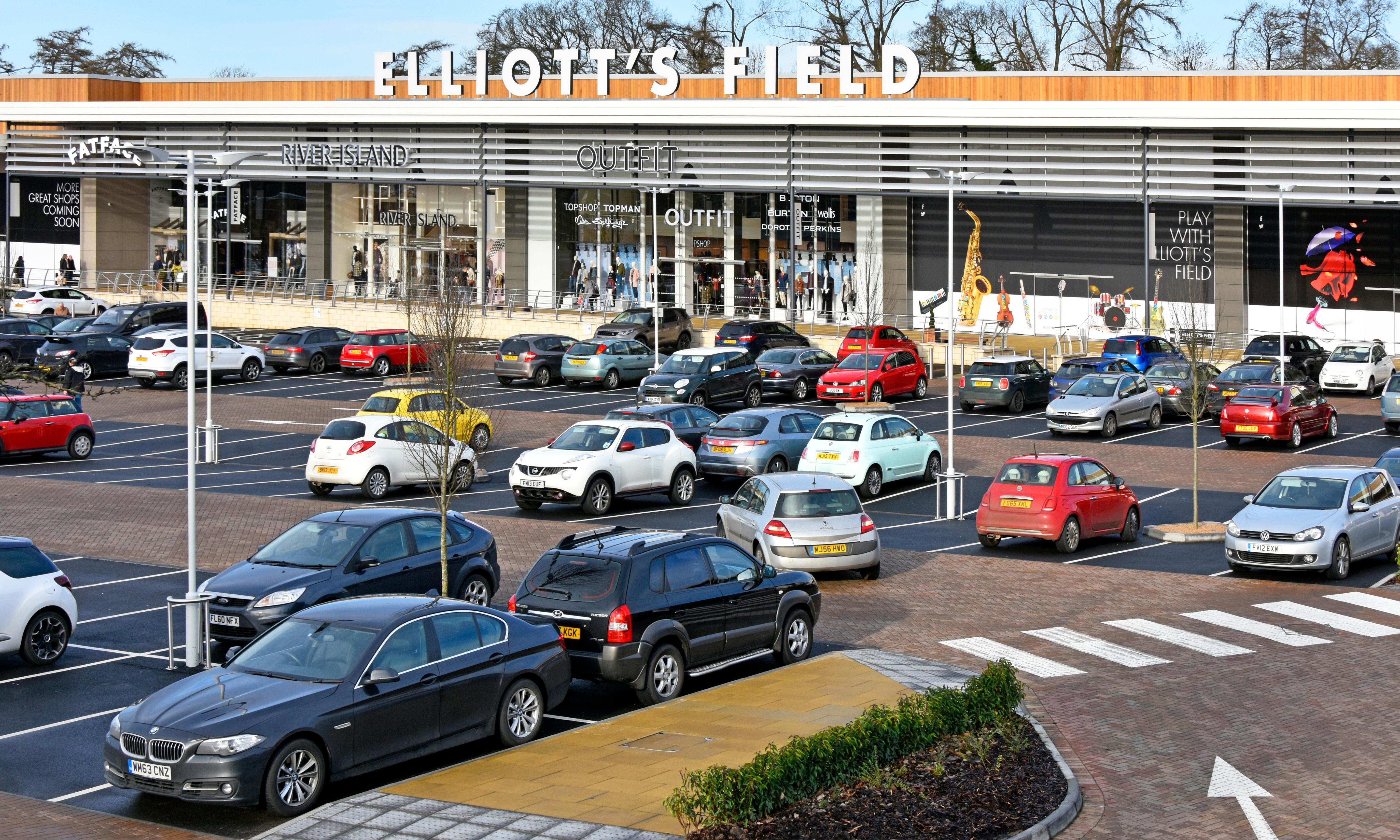 Hammerson offloads nine UK retail parks for £455m