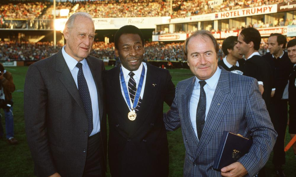 Blatter (right) with then Fifa president Joao Havelange and Brazil's Pele in 1987. Photograph: Bob Thomas/Getty Images