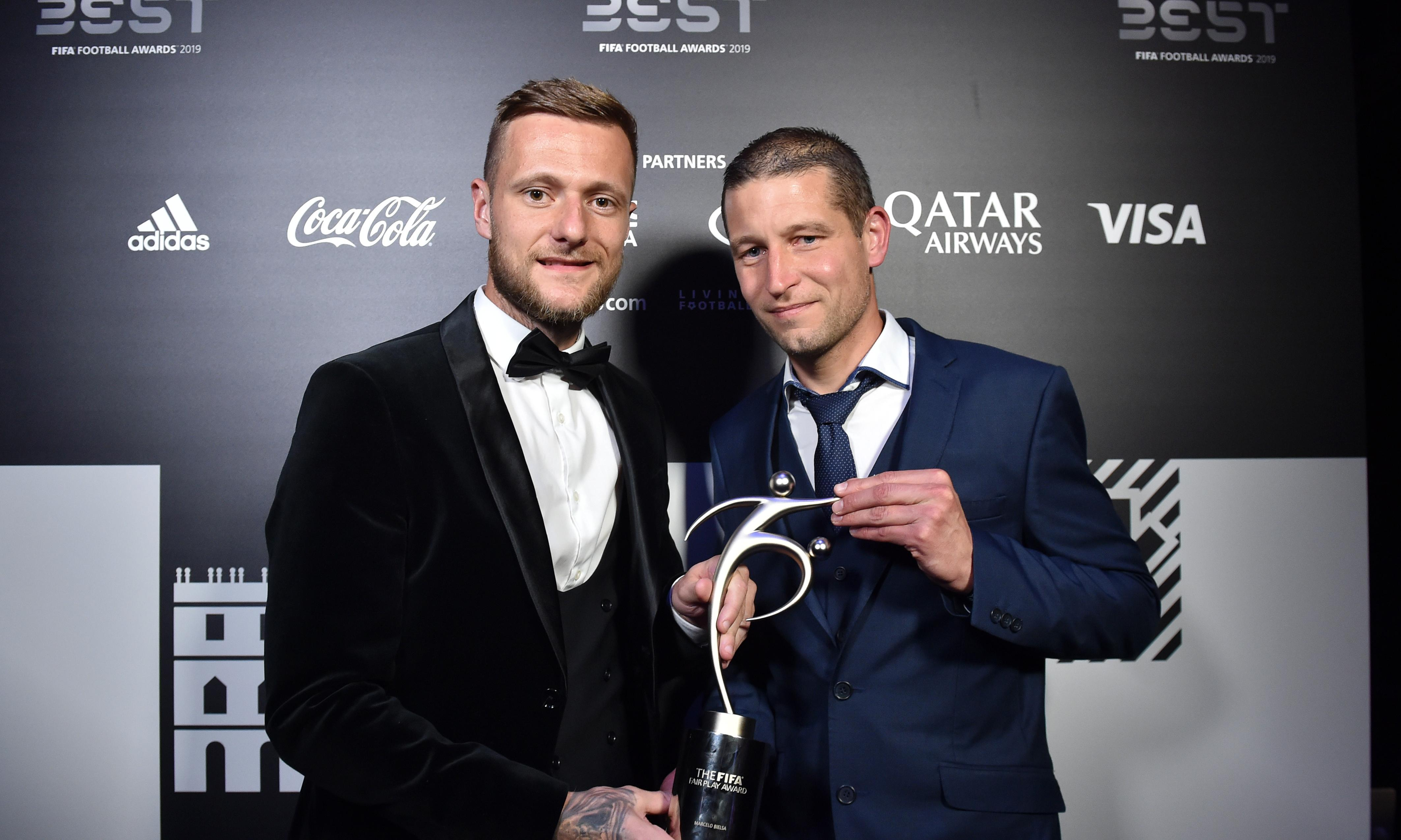 Leeds United and Marcelo Bielsa win Fifa fair play award for Aston Villa game