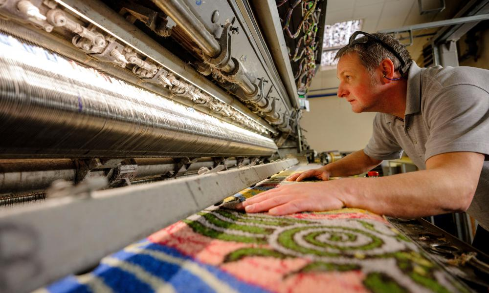 Axminster Carpets falls into administration with loss of 80 jobs