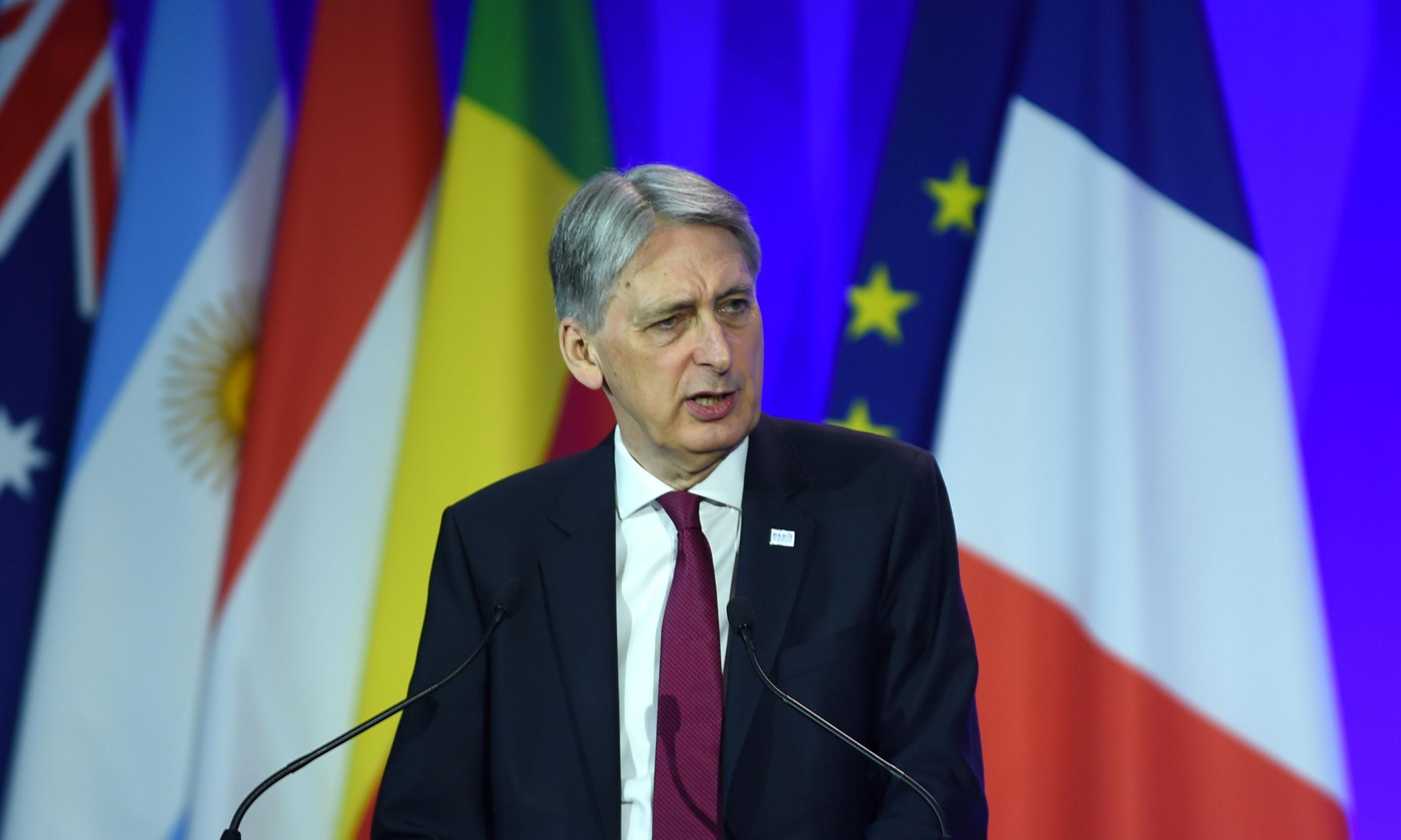 No-deal Brexit would be a betrayal, says Philip Hammond