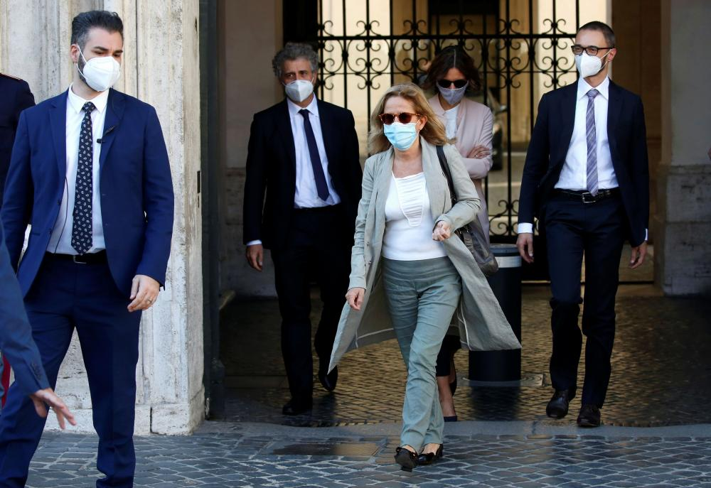 Bergamo prosecutor Maria Cristina Rota leaves Chigi Palace after speaking to Italy's prime minister Giuseppe Conte and other ministers on Friday.