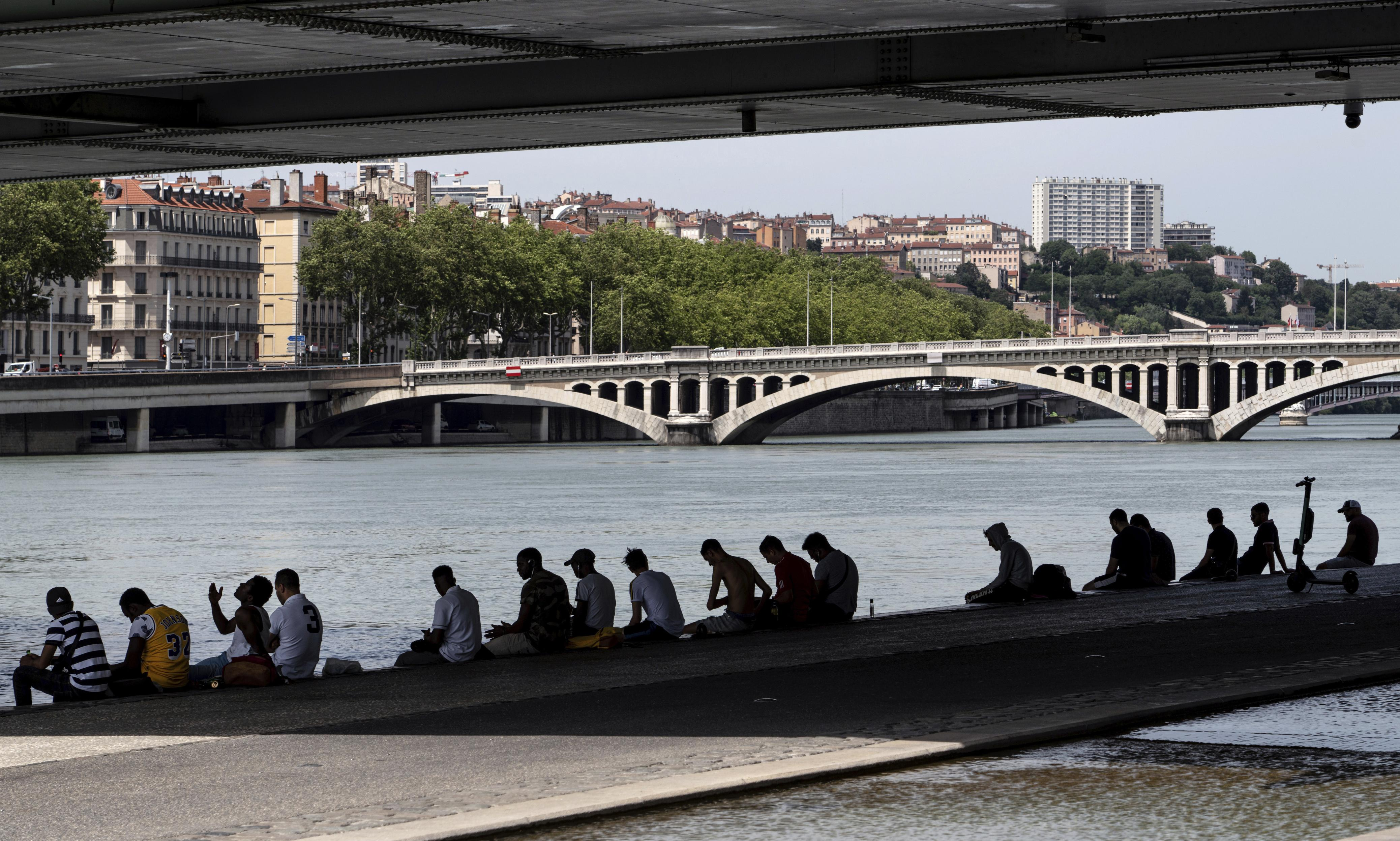 Europe heatwave: record high of 45C expected in France
