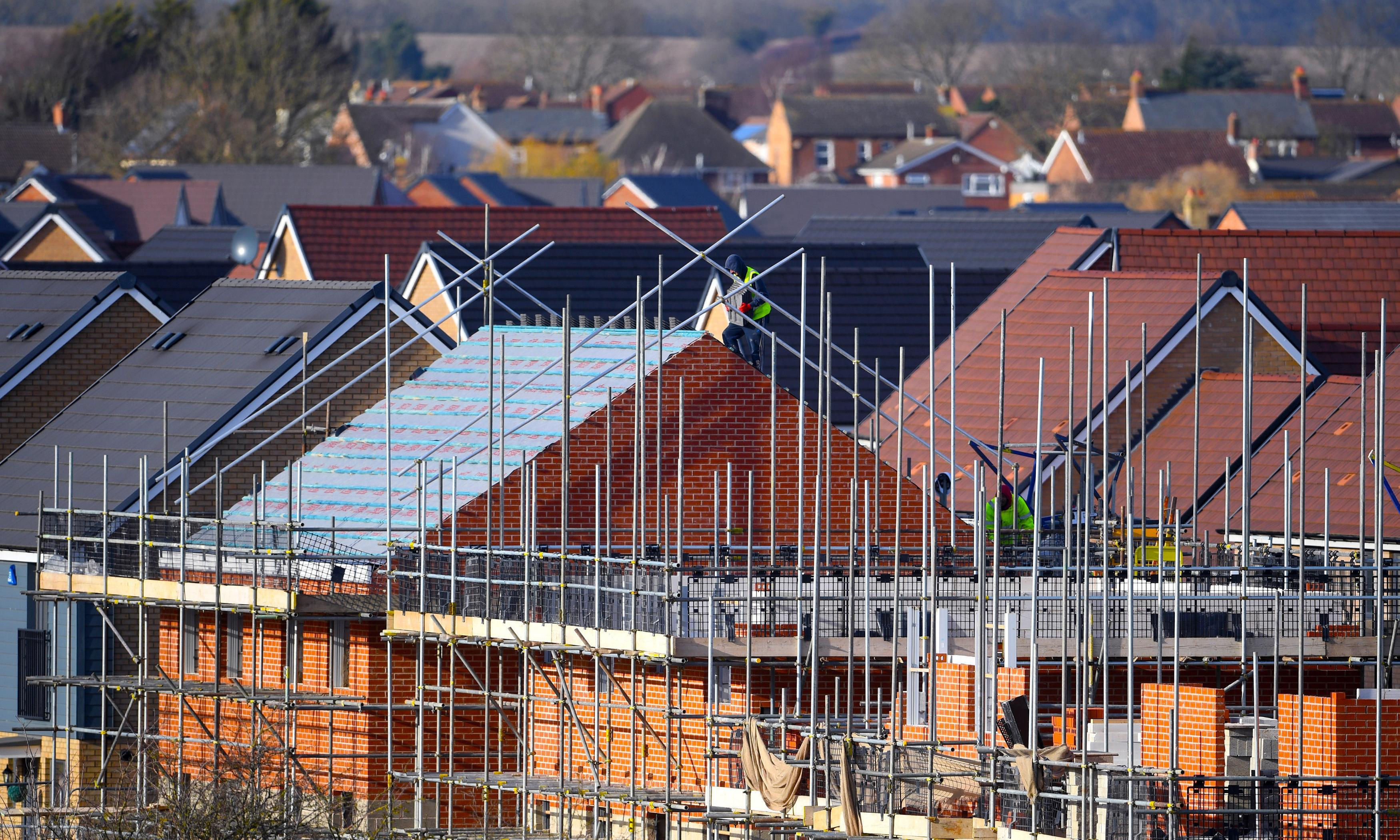Labour to unveil £75bn social housing plan to 'build for the many'
