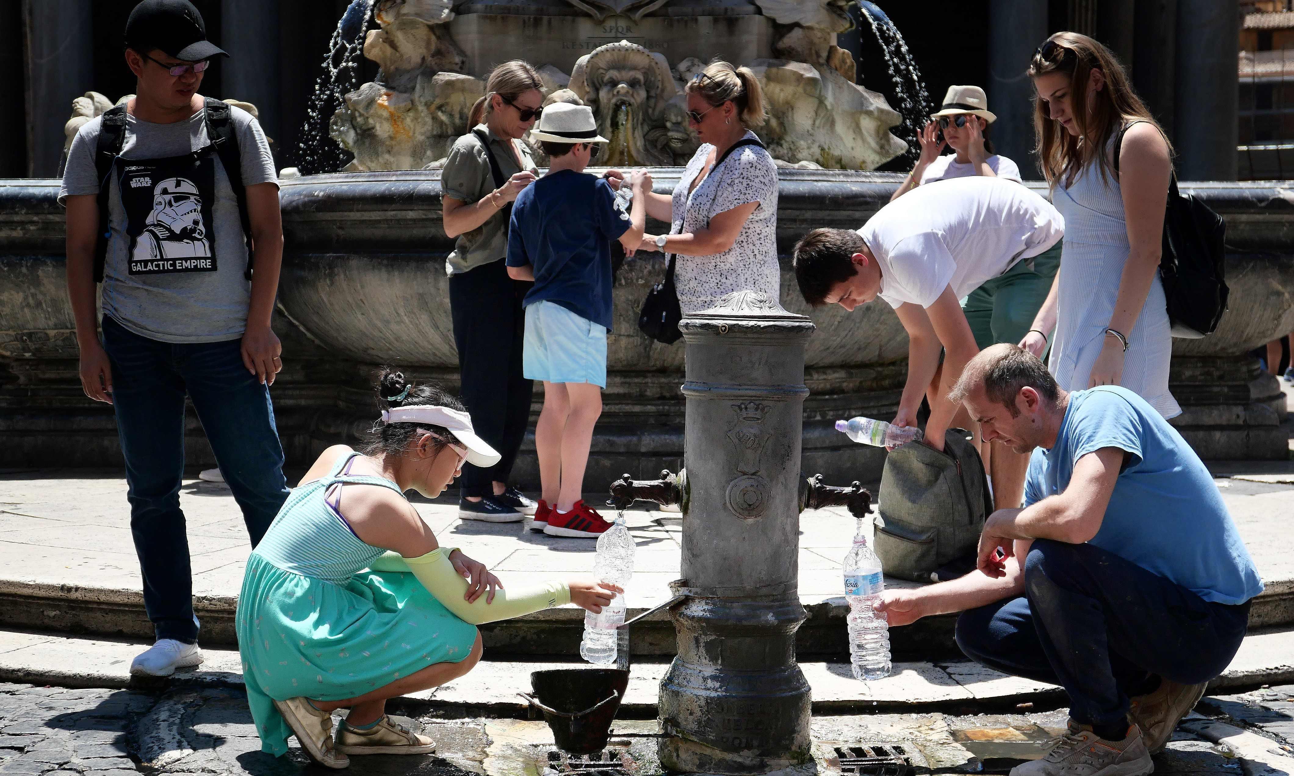 'Hell is coming': week-long heatwave begins across Europe