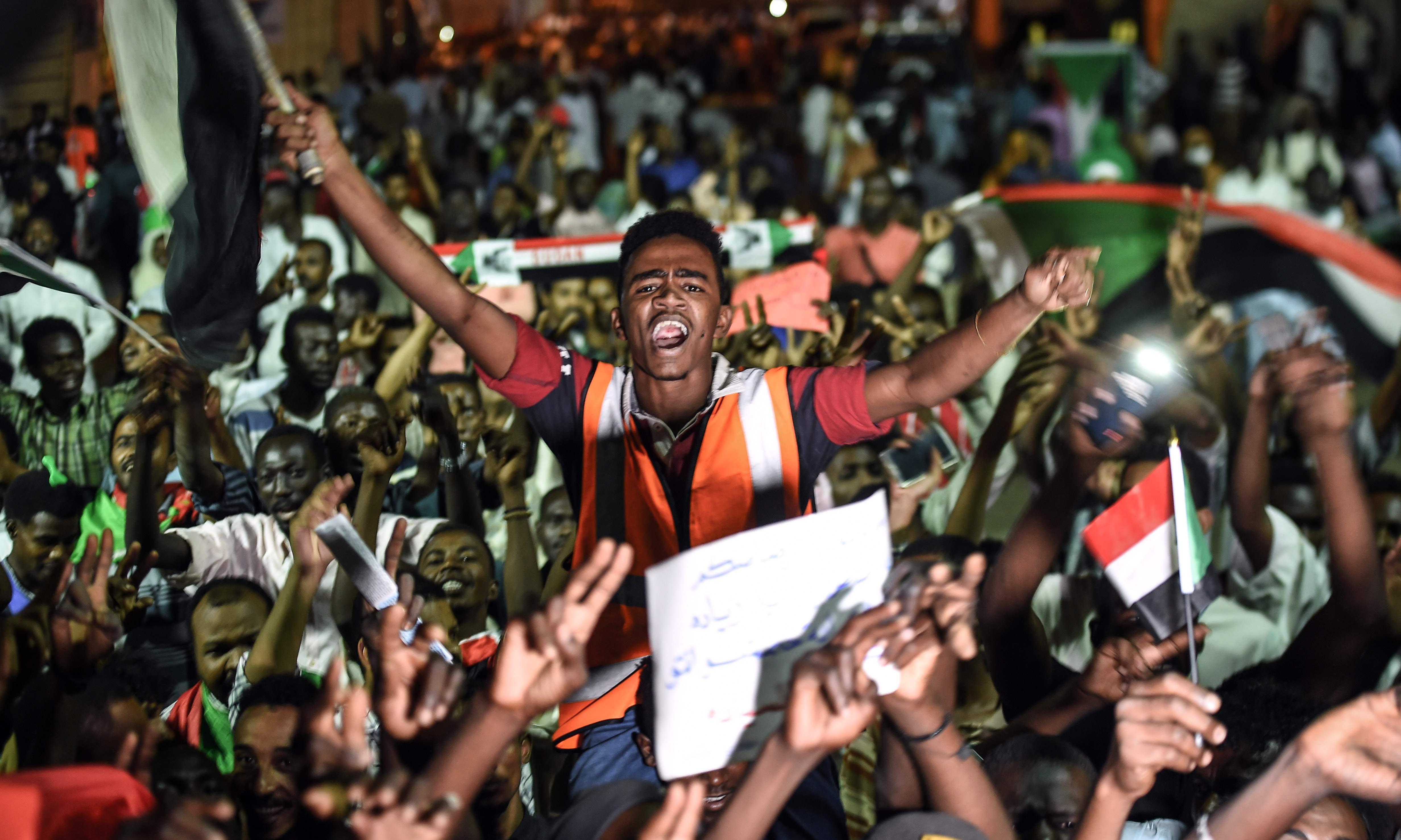 Sudan, Algeria, Libya: new Arab spring stalls as Trump looks away