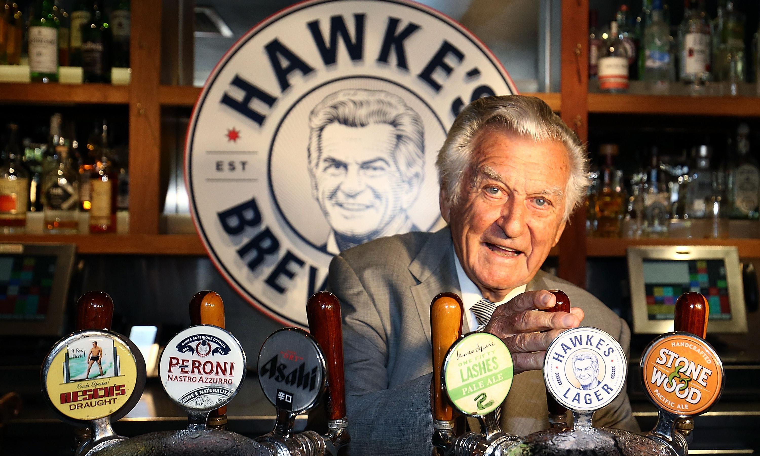 Bob Hawke's beer-drinking record may be marked by Oxford blue plaque